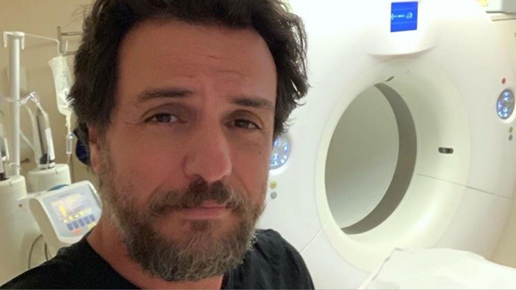 Rodrigo Lombardi no hospital. Foto: Reprodução/Instagram