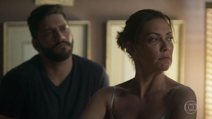 Diogo (Armando Babioff) vai abusar sexualmente de Nana (Fabiula Nascimento) em Bom Sucesso (Foto: Reprodução/Globo)