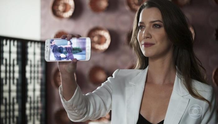 Fabiana (Nathalia Dill) em cena da novela A Dona do Pedaço (Foto: Reprodução/Globo)