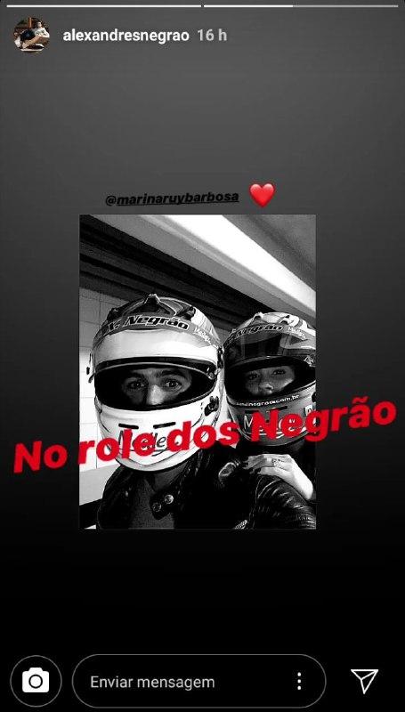 Marina Ruy Barbosa e Xandinho Negrão deram um passeio de moto (Foto: Reprodução/ Instagram)