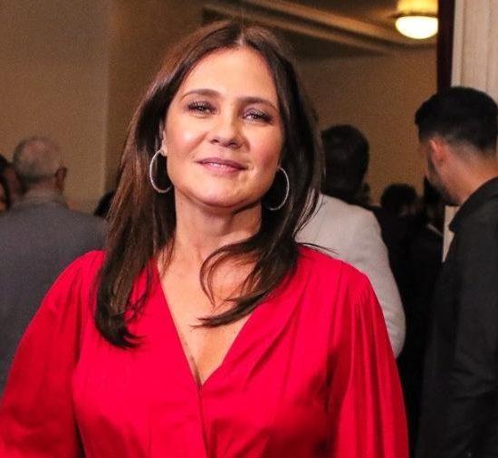 Adriana Esteves com novo visual para Amor de Mãe, novela das 9 da Globo (Foto: Thiago Duran/AgNews)