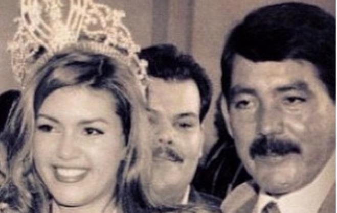 Alicia Machado e seu pai Don Arturo José Machado Díaz (Foto: Reprodução)