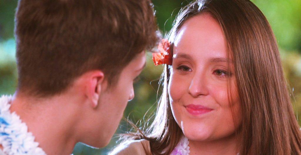 Mirela e LuMirela e Luca Tuber tem conversa importante na trama de As Aventuras de Poliana ca Tuber se beijam em As Aventuras de Poliana