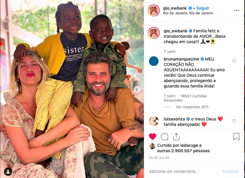Bruno Gagliasso, Giovanna Ewbank e os filhos, Titi e Bless Foto: Reprodução/Instagram