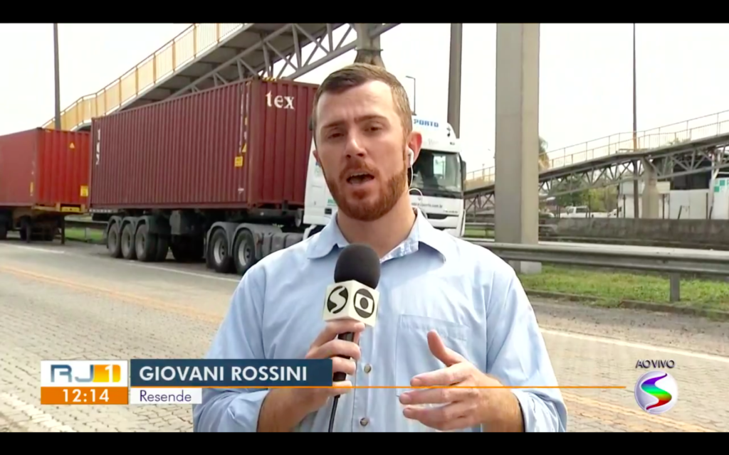 Repórter Giovani Rossini (Reprodução/Globoplay)