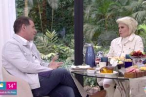 Ana Maria Braga recebeu o humorista Fernando Hassum no Mais Você. Foto: Reprodução/Globo