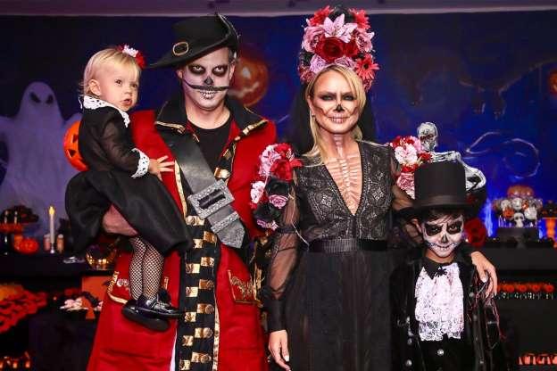 Eliana, ao lado do marido e dos filhos (Foto: Instagram)