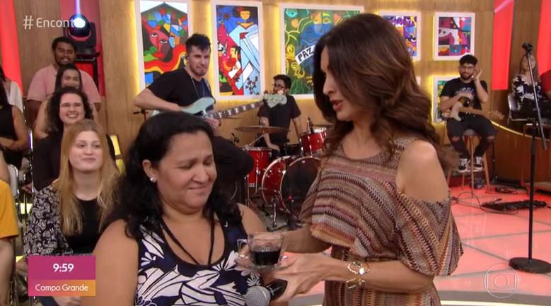 Fátima Bernardes e convidada (Foto: Reprodução/TV Globo)