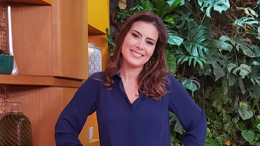"""Michelle Loreto apresenta o """"Bem Estar"""", da TV Globo, atualmente (Foto: Reprodução/Instagram)"""