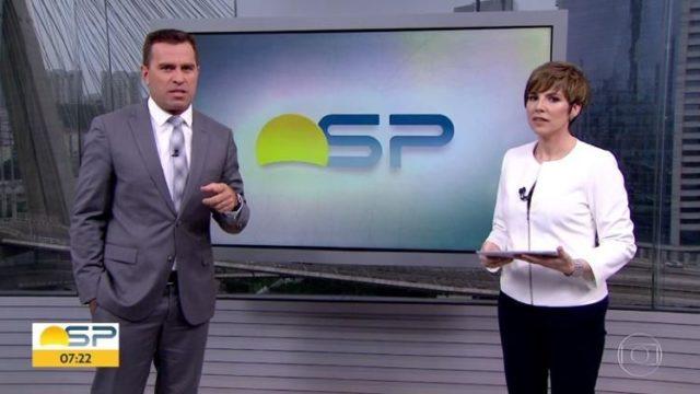 O apresentador do Bom Dia São Paulo, da Globo, Rodrigo Bocardi tira sarro de situação e Glória Vanique entra na onda (Foto: Reprodução/Globopay)