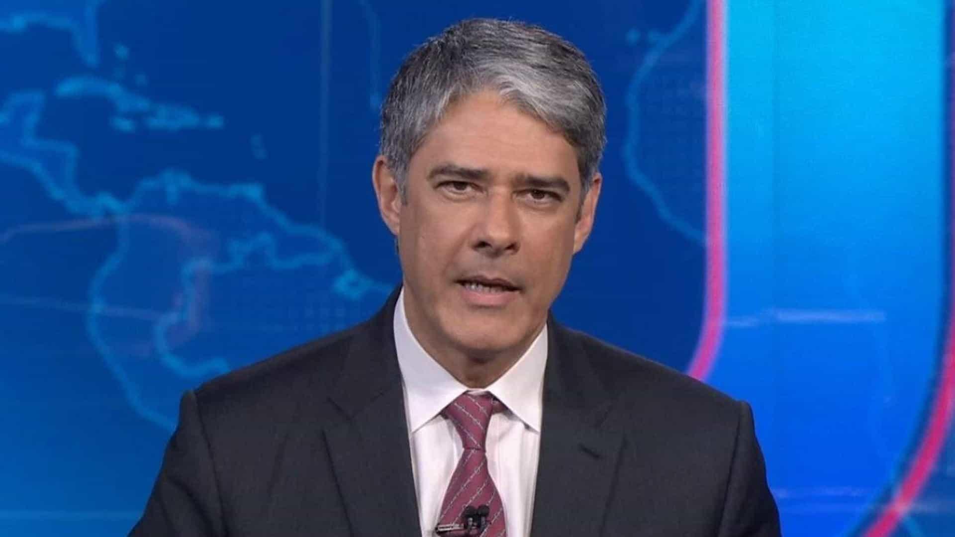 A CNN Brasil teria tentado a contratação de William Bonner, apresentador da Globo (Foto: Reprodução)