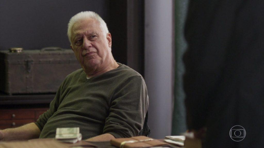 Alberto (Antonio Fagundes) em cena de Bom Sucesso da Globo (Foto: Reprodução)