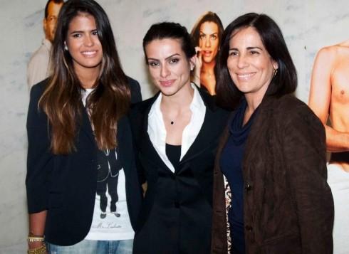 Gloria Pires com as filhas, Cleo e Antonia (Foto: Divulgação)