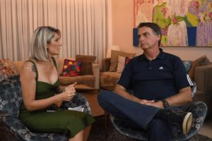 Antonia Fontenelle falou sobre possibilidade de entrar para a política e revelou convite para trabalhar com Bolsonaro (Reprodução)