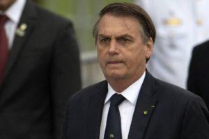 Bolsonaro teria dito te amo para Donald Trump, mas foi ignorado (Reprodução)