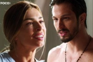 Paloma não resiste e beija Marcos em Bom Sucesso da Globo