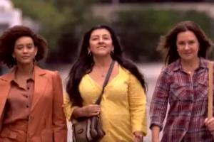 Taís Araújo, Regina Casé e Adriana Esteves em Amor de Mãe, nova novela das nove da Globo (Foto: Reprodução/Globo)