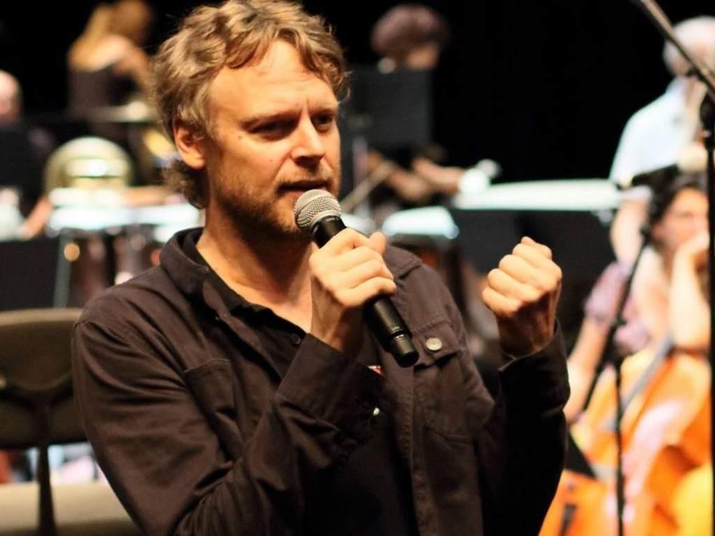 Morre o cantor Julien Gauthier aos 44 anos de idade (Foto: Reprodução)