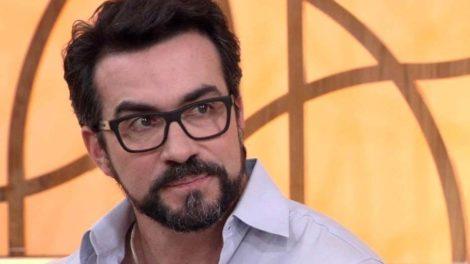 O ex-apresentador da Globo, Evaristo Costa anunciou a mudança de carreira do Padre Fábio de Melo (Foto: Reprodução/ Globo)
