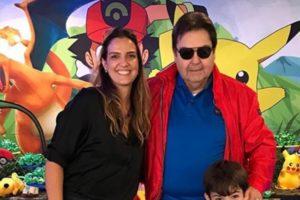 O apresentador Faustão ao lado da esposa, Luciana Cardoso (Foto: Reprodução)