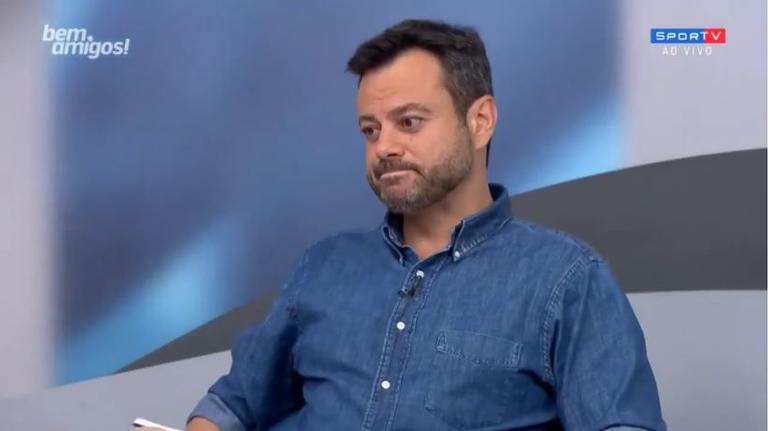 O repórter esportivo da Globo Eric Faria (Reprodução: SporTV)