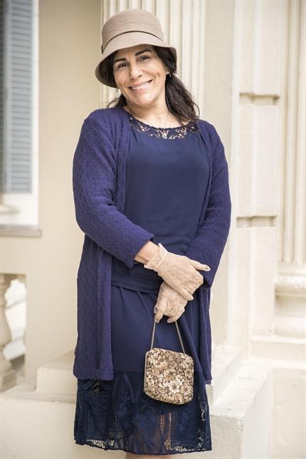 Lola (Gloria Pires) no remake de Éramos Seis, na Globo (Foto: Globo/Raquel Cunha)