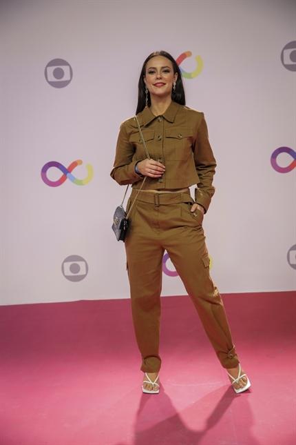 Paolla Oliveira interpreta a influencer digital Vivi Guedes na novela das 21h da TV Globo A Dona do Pedaço (Foto: Paulo Belote)