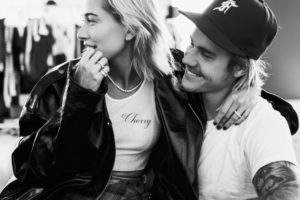 Justin Bieber e Hailey Baldwin se casarão em breve (Foto: Reprodução)