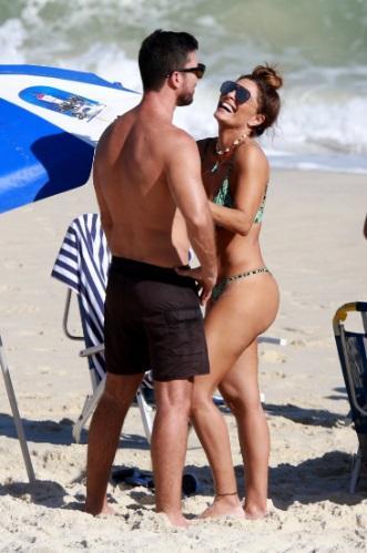 Juliana Paes e o marido Carlos Eduardo (Foto: Reprodução)
