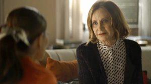 Linda (Rosamaria Murtinho) dirá à Maria da Paz que Josiane é psicopata em A Dona do Pedaço (Foto: Reprodução/Globo)
