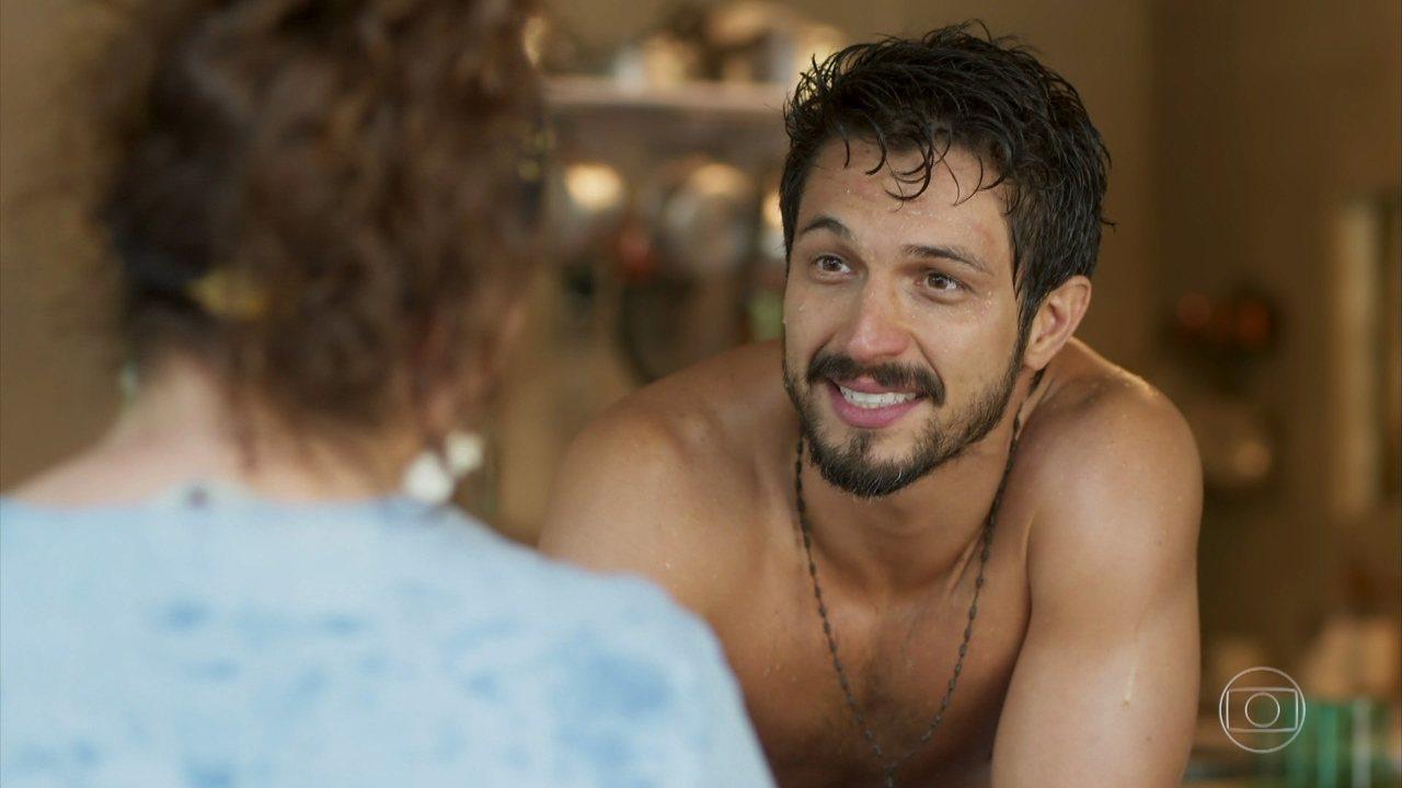 Marcos (Romulo Estrela) em Bom Sucesso da Globo (Foto: Reprodução)