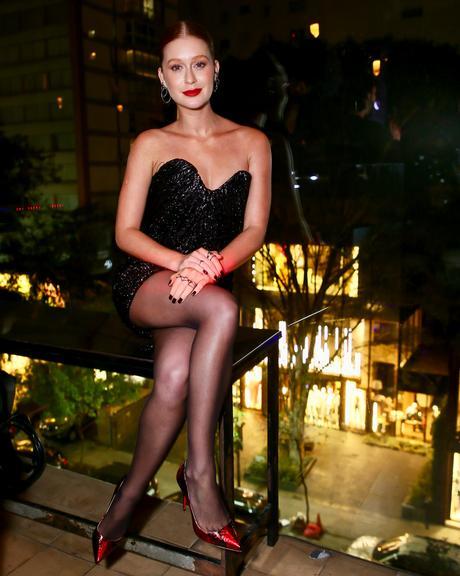Marina Ruy Barbosa arrasou com vestido preto em evento de luxo. Foto: Reprodução
