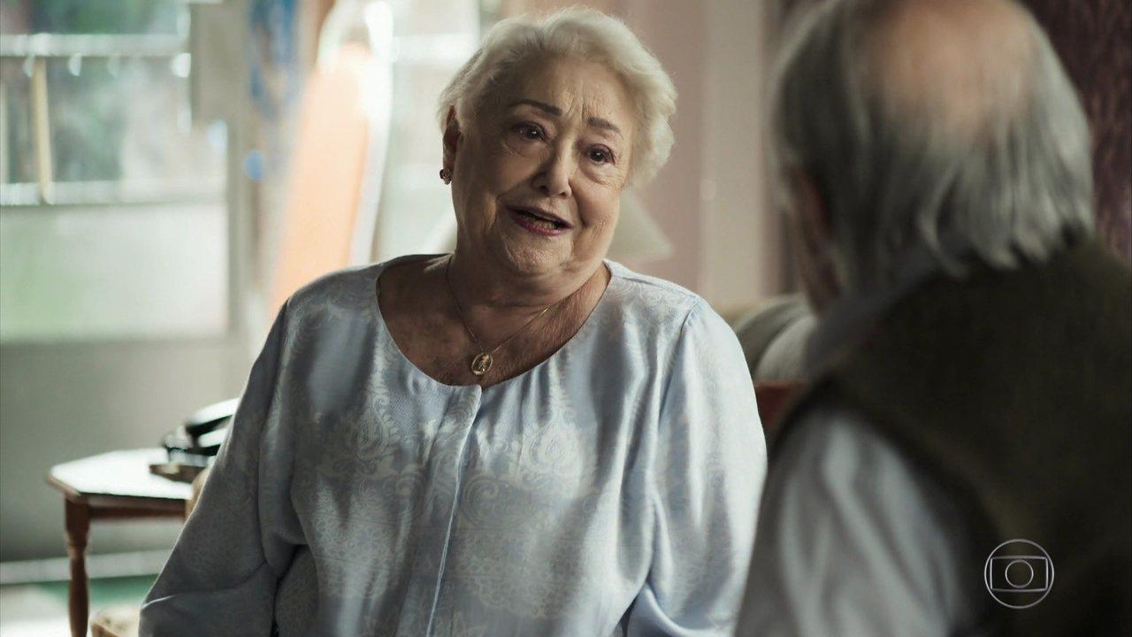 Marlene em cena de A Dona do Pedaço da Globo
