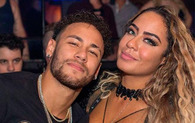 """Irmã de Neymar posta foto exagerada e internet não perdoa momento bizarro: """"saturadah"""""""
