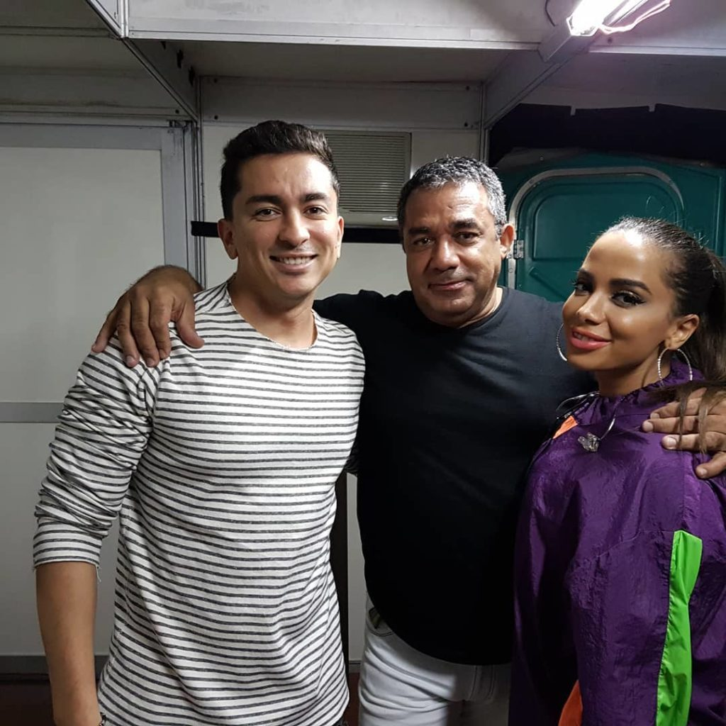 Mauro Machado com os filho, Renan e Anitta