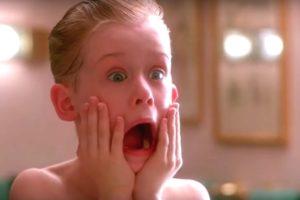 Macaulay Culkin protagoniza o filme Esqueceram de Mim. (Foto: Divulgação)