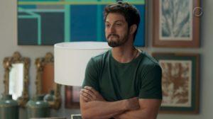 Marcos leva sermão de Nana na trama de Bom Sucesso da Globo
