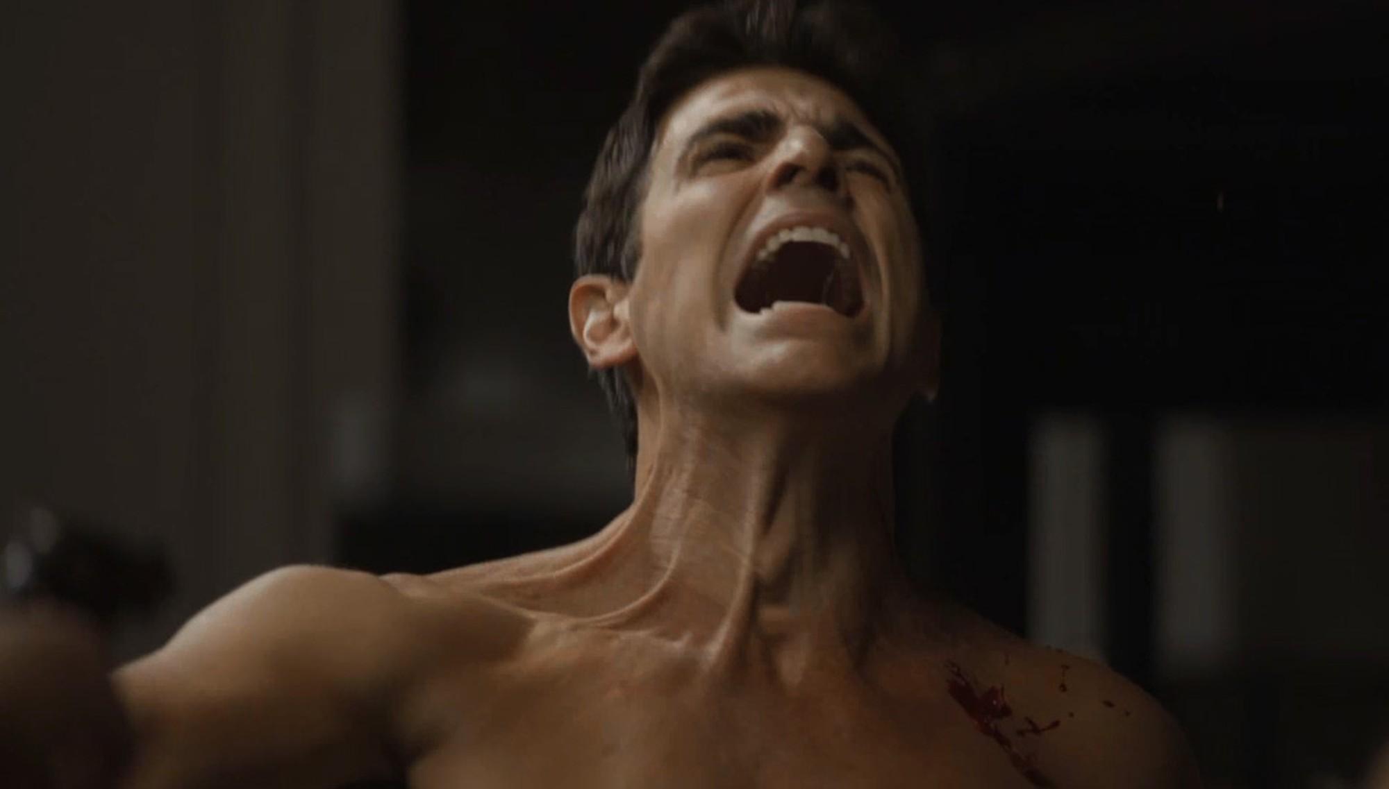 Gianecchini) leva um tiro de Maria da Paz (Juliana Paes em A Dona do Pedaço) — Foto: TV Globo