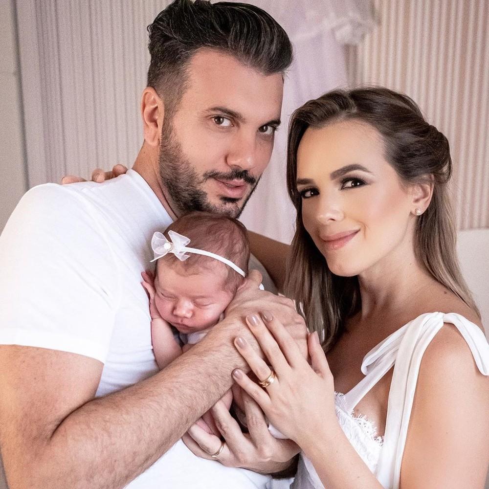 thiago Thaeme com a família (Foto: Reprodução / Instagram)