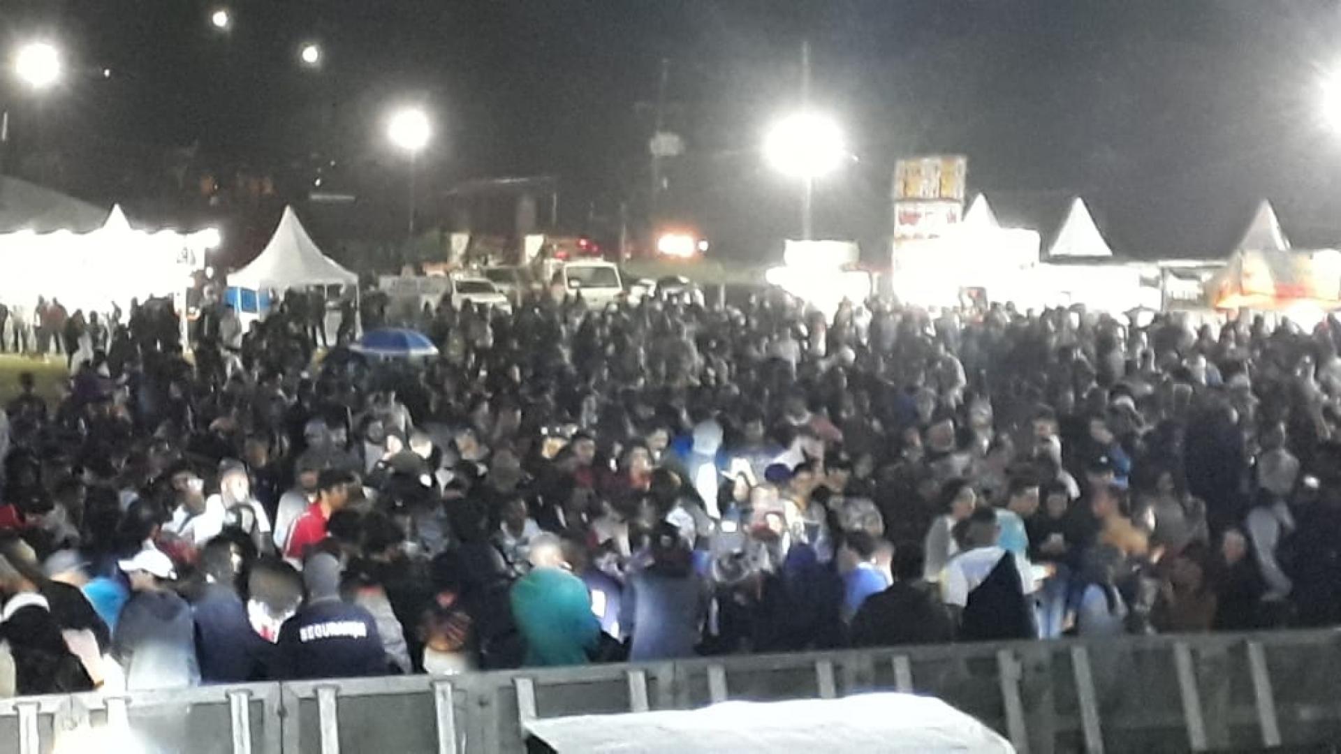 Apesar do mau tempo, o público não deixou de marcar presença no evento - reprodução internet