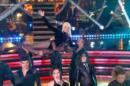 Xuxa faz entrada triunfal no Dancing Brasil (Foto: Reprodução)