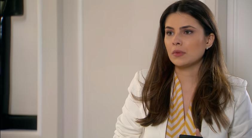 Luisa (Thais Melchior) em cena na novela As Aventuras de Poliana, trama infantil do SBT. (Foto: Reprodução)