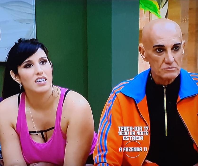 Amin Khader se estressou com Erick Ricarte durante confinamento no reality show A Fazen da. (Foto: Reprodução)
