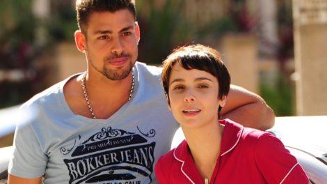 Nina (Débora Falabella) e Jorginho (Cauã Reymond) em Avenida Brasil (Foto: Globo/João Miguel Júnior)