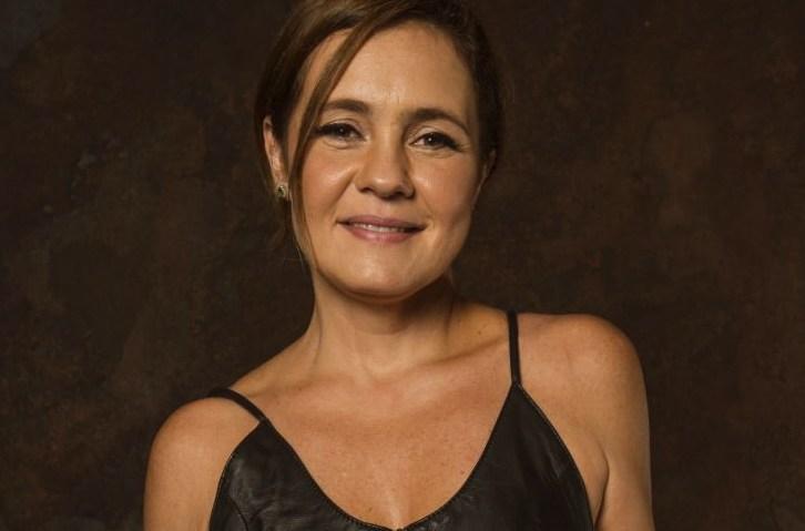 Adriana Esteves é uma das protagonistas de Amor de Mãe