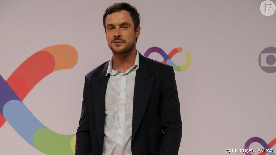 O ator Sérgio Guizé se preparava para o retorno de Candinho em A Dona do Pedaço (Foto:: Divulgação)