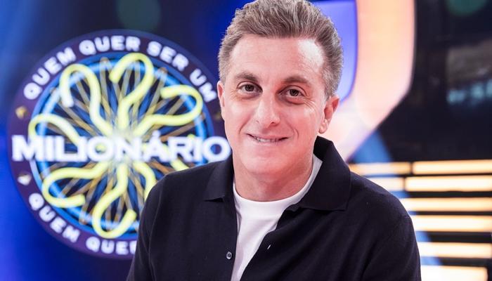 Luciano Huck em seu programa na Globo; apresentador pode deixar a emissora para ser candidato a presidente (Foto: Globo/João Miguel Júnior)