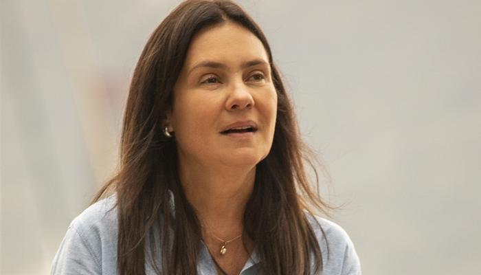 Thelma (Adriana Esteves) em Amor de Mãe (Foto: Globo/João Cotta)