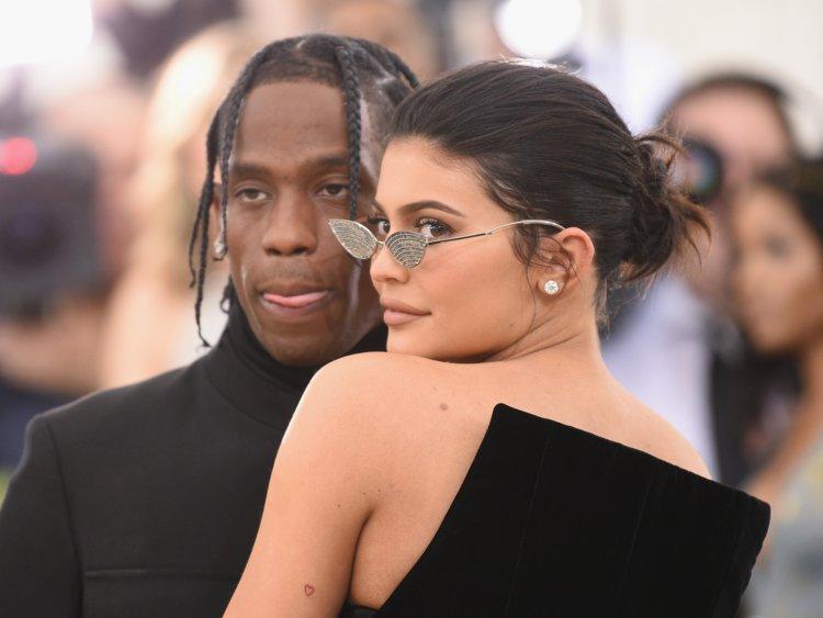 Kylie Jenner publica foto pelada com seu companheiro Travis Scott (Foto: Reprodução)