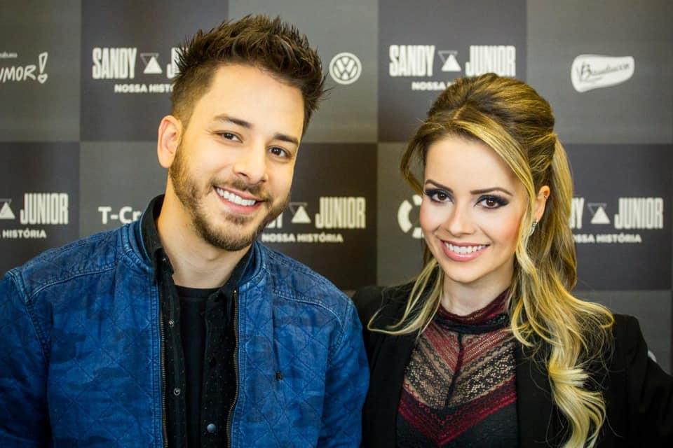 Sandy e Junior estão em turnê, mas podem ter show ignorado pela Globo (Foto: Divulgação)